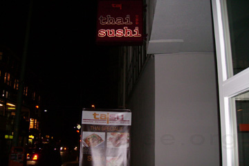 Thai und Sushi Restaurant am Ceckpoint Charlie in Berlin.